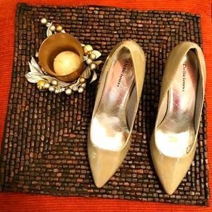Delicious metallic silver heels